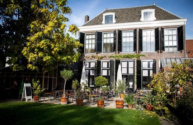 Morgen: borrel Herboristengildeleden Museumcafe Ginkgo in Utrecht